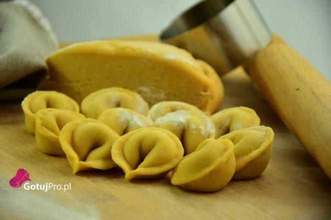 Tortellini z pieczarkami i szałwią