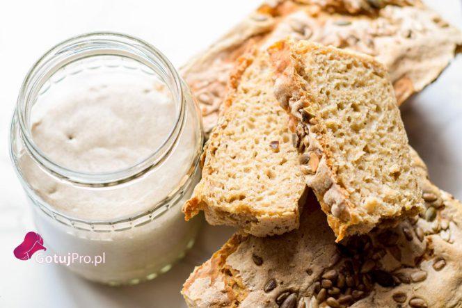 Zakwas na chleb żytni dla początkujących. Zawsze o tym marzyłeś? Właśnie trafiłeś we właściwe miejsce. Wież mi! Jesteś wstanie to zrobić!